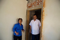 SAO PAULO, SP, 07 DE JANEIRO DE 2012 - Prefeito Gilberto Kassab e a Vice-Prefeita, Alda Marco Antonio, vistoriam, nesta manha de sabado (07), as obras do Complexo Prates, que sera destinado a tratamento de viciados em drogas e contara com centro de convivencia para auxiliar na recuperacao de dependentes quimicos. Foto Ricardo Lou - News Free