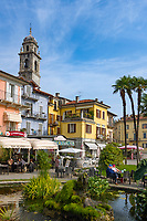 Italy, Piedmont, Verbania: Cafés and hotel at Piazza Garibaldi | Italien, Piemont, Verbania: Cafés und Hotel an der Piazza Garibald