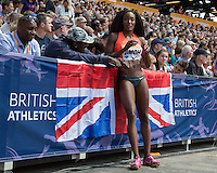 Funmi JIMOH of USA takes a rest during the Long Jump during the Sainsbury's Anniversary Games, Athletics event at the Olympic Park, London, England on 25 July 2015. Photo by Andy Rowland.