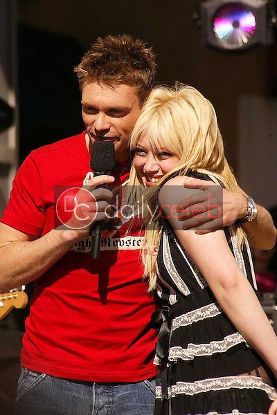 Ryan Seacrest and Hilary Duff