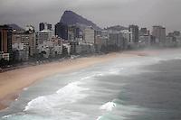 Rio de Janeiro,6 de  Junho de  2012 -  Movimenta&ccedil;&atilde;o  na  orla de  Ipanema nesta quarta-feira(6) na Capital  Fluminense.<br /> Guto MaiaBrazil Photo Press