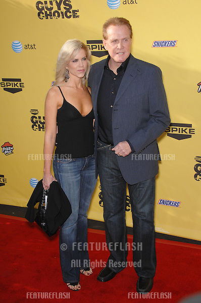Lee Majors & Faith Majors at Spike TV's Guys Choice Awards at Radford Studios, Studio City, CA.June 10, 2007  Los Angeles, CA.Picture: Paul Smith / Featureflash