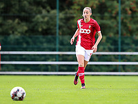 Standard's Charlotte Cranshoff (18) with the ball during a female soccer game between Standard Femina de Liege and Oud Heverlee Leuven on the second matchday of the 2020 - 2021 season of Belgian Scooore Women s SuperLeague , saturday 5 th of September 2020  in Angleur , Belgium . PHOTO SPORTPIX.BE | SPP | SEVIL OKTEM