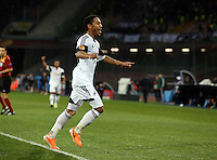 Thursday 27 February 2014<br /> Pictured: Jonathan de Guzman of Swansea celebrating his equaliser making the score 1-1.<br /> Re: UEFA Europa League, SSC Napoli v Swansea City FC at Stadio San Paolo, Naples, Italy.