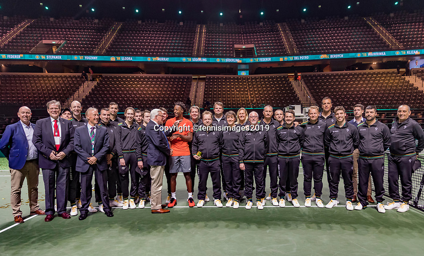 Rotterdam, The Netherlands, 17 Februari 2019, ABNAMRO World Tennis Tournament, Ahoy,  Winner Gael Monfils with the liespersons and umpires<br /> Photo: www.tennisimages.com/Henk Koster