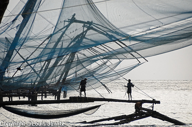 india, Kochi ,Cochin , Chinese fishing nets , Cheena, vala ,Fort Kochi, outside jew town,fish nets, tough by Chinese explorer Kublai Khan,