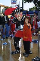"©2002 KATHY HUTCHINS / HUTCHINS PHOTO.""LIKE MIKE"" PREMIERE .WESTWOOD, CA  6/27/02.DARYL SABARA"