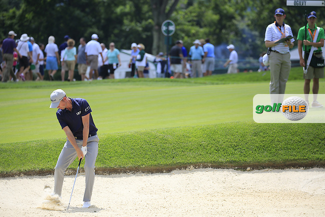 Webb Simpson (USA) chips from a bunker at the 9th green during Friday's Round 1 of the 2016 U.S. Open Championship held at Oakmont Country Club, Oakmont, Pittsburgh, Pennsylvania, United States of America. 17th June 2016.<br /> Picture: Eoin Clarke | Golffile<br /> <br /> <br /> All photos usage must carry mandatory copyright credit (&copy; Golffile | Eoin Clarke)