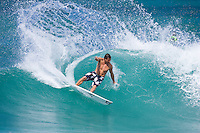 DEAN  MORRISON (Australia) surfing at Off The Wall,North Shore, Oahu, Hawaii.  Photo: Joli