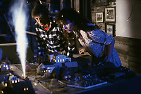 Beetlejuice (1988)<br /> Geena Davis, Alec Baldwin <br /> *Filmstill - Editorial Use Only*<br /> CAP/MFS<br /> Image supplied by Capital Pictures