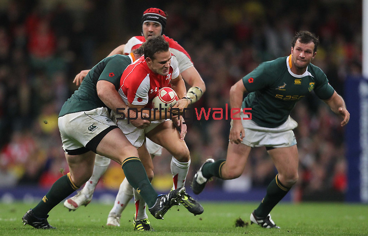 Lee Byrne runs into trouble as Victor Matfield crashes into him..Invesco Perpetual '10 Series.Wales v South Africa.13.11.10.Photo Credit: Steve Pope-Sportingwales
