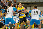 GER - Mannheim, Germany, September 23: During the DKB Handball Bundesliga match between Rhein-Neckar Loewen (yellow) and TVB 1898 Stuttgart (white) on September 23, 2015 at SAP Arena in Mannheim, Germany. Final score 31-20 (19-8) .  Patrick Groetzki #24 of Rhein-Neckar Loewen, Dominik Weiss #6 of TVB 1898 Stuttgart, Simon Baumgarten #14 of TVB 1898 Stuttgart<br /> <br /> Foto &copy; PIX-Sportfotos *** Foto ist honorarpflichtig! *** Auf Anfrage in hoeherer Qualitaet/Aufloesung. Belegexemplar erbeten. Veroeffentlichung ausschliesslich fuer journalistisch-publizistische Zwecke. For editorial use only.