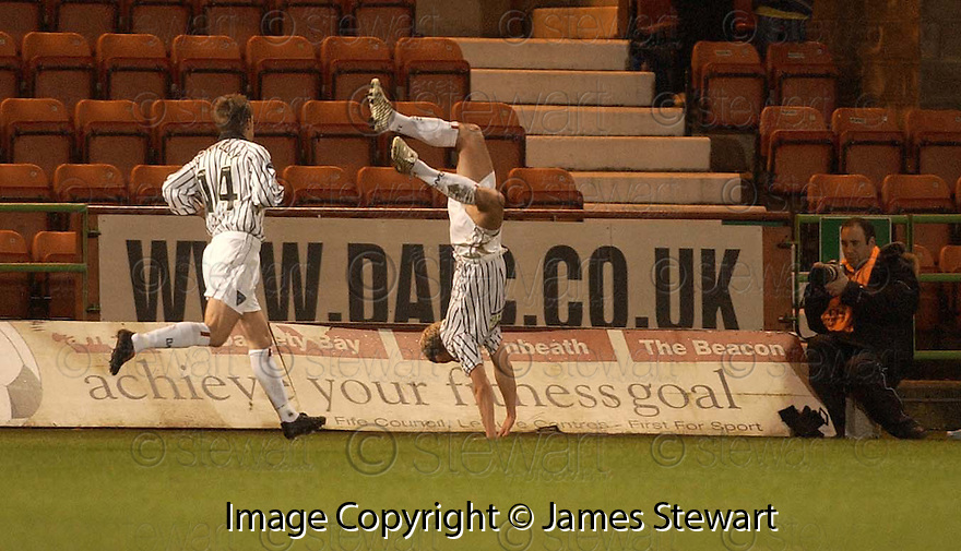 08/02/2006         Copyright Pic: James Stewart.File Name : sct_jspa02_dunfermline_v_ict.NOEL HUNT CELEBRATES AFTER HE SCORES THE FIRST FOR DUNFERMLINE.Payments to :.James Stewart Photo Agency 19 Carronlea Drive, Falkirk. FK2 8DN      Vat Reg No. 607 6932 25.Office     : +44 (0)1324 570906     .Mobile   : +44 (0)7721 416997.Fax         : +44 (0)1324 570906.E-mail  :  jim@jspa.co.uk.If you require further information then contact Jim Stewart on any of the numbers above.........