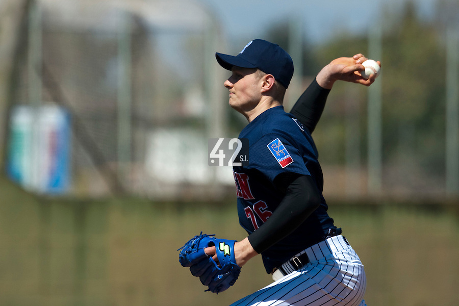 BASEBALL - EUROPEAN CUP 2009 - ANZIO (ITA) - 02/04/2009 - .PHOTO : CHRISTOPHE ELISE / 42 SPORTS IMAGES.PORT OF ANTWERP GREYS V ROUEN BASEBALL '76 - ALEXANDRE SOCHON (ROUEN)