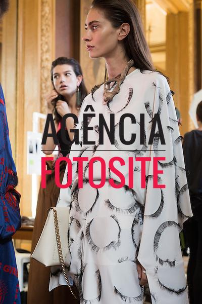 Stella McCartney<br /> <br /> PARIS - Verao 2017<br /> <br /> Setembro / Outubro 2016<br /> <br /> foto: FOTOSITE