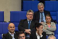 15. Sitzung des Bundestages am Freitag den 23. Februar 2018.<br /> Aktuellen Stunde auf Antrag von Buendnis 90/Die Gruenen zum Thema &quot;Demokratie/Erinnerungskultur angesichts rechtsextremistischer Angriffe&quot;.<br /> Im Bild: Fraktion der rechtsnationalistischen &quot;Alternative fuer Deutschland&quot; (AfD). Der Abgeordnete Thomas Seitz (Bildmitte mit Brille) bekam fuer seinen Zwischenruf &quot;Das Holocaustmahnmal sein ein &quot;Denkmal der Schande&quot; in der Aktuellen Stunde eine Ermahnung durch das Bundestagspraesidium.<br /> 23.2.2018, Berlin<br /> Copyright: Christian-Ditsch.de<br /> [Inhaltsveraendernde Manipulation des Fotos nur nach ausdruecklicher Genehmigung des Fotografen. Vereinbarungen ueber Abtretung von Persoenlichkeitsrechten/Model Release der abgebildeten Person/Personen liegen nicht vor. NO MODEL RELEASE! Nur fuer Redaktionelle Zwecke. Don't publish without copyright Christian-Ditsch.de, Veroeffentlichung nur mit Fotografennennung, sowie gegen Honorar, MwSt. und Beleg. Konto: I N G - D i B a, IBAN DE58500105175400192269, BIC INGDDEFFXXX, Kontakt: post@christian-ditsch.de<br /> Bei der Bearbeitung der Dateiinformationen darf die Urheberkennzeichnung in den EXIF- und  IPTC-Daten nicht entfernt werden, diese sind in digitalen Medien nach &sect;95c UrhG rechtlich geschuetzt. Der Urhebervermerk wird gemaess &sect;13 UrhG verlangt.]