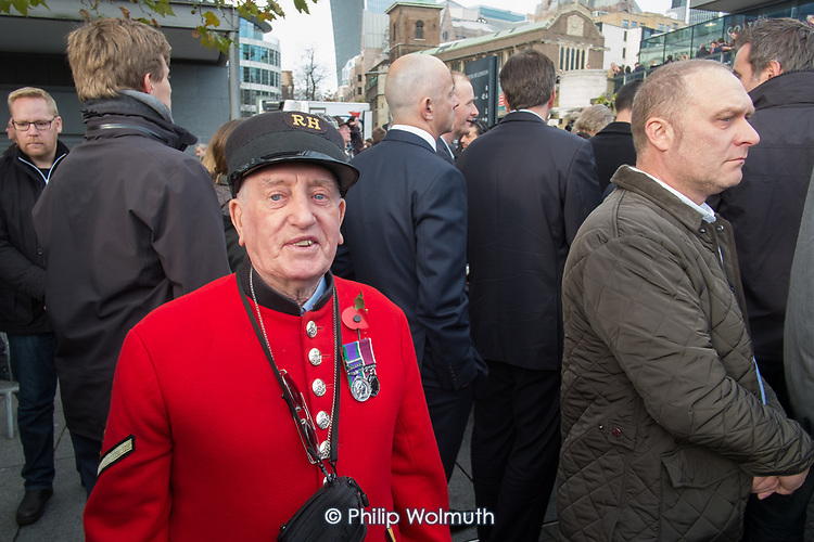 Chelsea Pensioner and war veteran.  Crowds mark Armistice Day at the Tower of London 100 years after the start of the First World War.