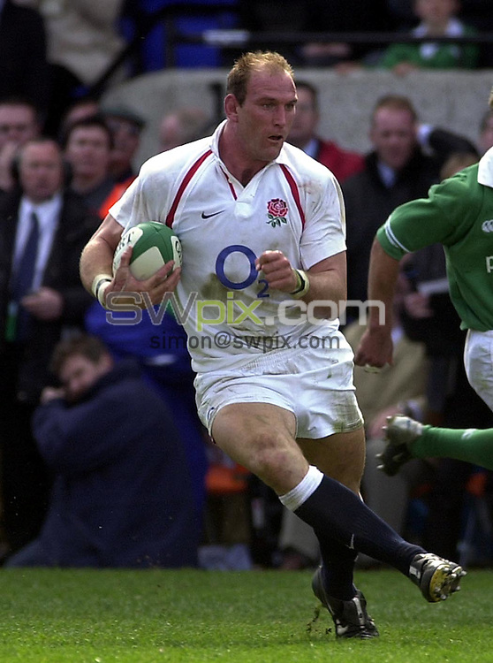 Pix: Matthew Lewis/SWpix.com. International Rugby Union. The RBS Six Nations. Ireland v England. 30/03/03..COPYRIGHT PICTURE>>SIMON WILKINSON>>01943 436649>>..England's Lawrence Dallaglio.