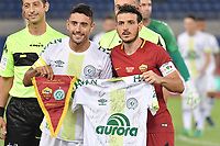 Il capitano Alan Ruschel uno dei sopravvissuti alla tragedia aerea e Alessandro Florenzi <br /> Roma 01-09-2017 Stadio Olimpico Football Friendly match AS Roma - Chapecoense Foto Andrea Staccioli / Insidefoto