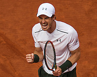 Paris, France, 22 June, 2016, Tennis, Roland Garros, Andy Murray (GBR) wins his match against Ivo Karlovic  and celebrates (CRO)<br /> Photo: Henk Koster/tennisimages.com