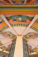 Europe/France/Midi-Pyérénées/82/Tarn-et-Garonne/Moissac: Représentation du Chasselas de Moissac sur le kiosque de l'Uvarium qui est de par son architecture des années 30 et son utilité le symbole de Moissac alors déclarée Station uvale. Ce lieu de cure de Chasselas et de détente était tres ftéquenté àl'époque. La décoration intérieure que l'on peut encore admirer de nos jours est l'œuvre du peintre Domergue Lagarde originaire de Valence d'Agen.