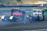 SÃO PAULO, SP, 31.07.2016 - FÓRMULA TRUCK - Piloto David Muffato (35) e Wellington Cirino (60)durante sexta etapa da Fórmula Truck, realizado no Autódromo de Interlagos em São Paulo, na tarde deste domingo, 31.(Foto: Levi Bianco/Brazil Photo Press)