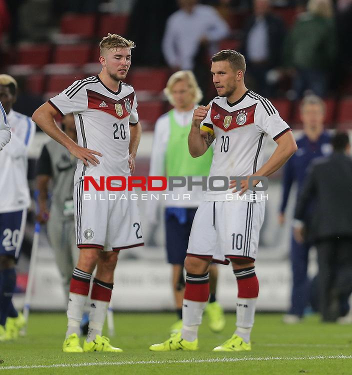 DFB Freundschaftsl&auml;nderspiel, Deutschland vs. USA<br /> Entt&auml;uschte Christoph Kramer (Deutschland) und Lukas Podolski (Deutschland)<br /> <br /> Foto &copy; nordphoto /  Bratic