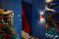 The Kips Bay Decorator Show House invited twenty one designers and architects to transform a luxury Manhattan townhouse for a benefit to the Kips Bay Boys &amp; Girls Club. <br /> <br /> Pictured, design by David Collins Studio<br /> <br /> Danny Ghitis for The New York Times