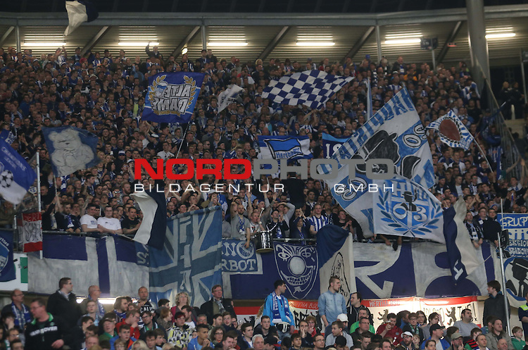 10.04.2015, HDI-Arena, Berlin, GER, 1.FBL,Hannover 96 vs. Hertha BSC  , im Bild Herthafans (Hertha BSC Berlin)<br /> <br />               <br /> Foto &copy; nordphoto /  Engler