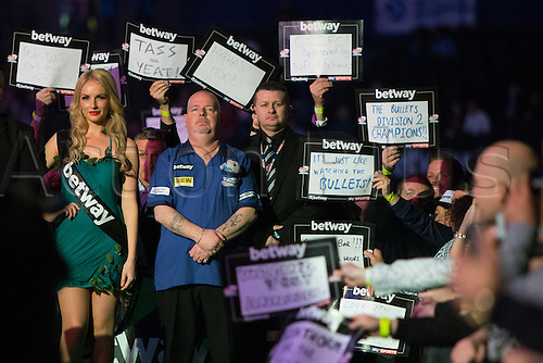 28.04.2016. Barclaycard Arena, Birmingham, England. Betway PDC Premier League Darts. Night 13. Robert Thornton about to do his walk on.