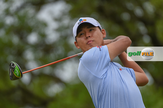 Soren Kjeldsen (DNK) watches his tee shot on 2 during day 4 of the Valero Texas Open, at the TPC San Antonio Oaks Course, San Antonio, Texas, USA. 4/7/2019.<br /> Picture: Golffile | Ken Murray<br /> <br /> <br /> All photo usage must carry mandatory copyright credit (© Golffile | Ken Murray)