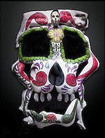 BNPS.co.uk (01202 558833)<br /> Pic: ReneRodriguez/BNPS<br /> <br /> ***Must use full byline***<br /> <br /> This may look like an ornate Mexican sugar skull but a closer inspection reveals it is actually made up of cleverly painted people.<br /> <br /> The incredible artwork is comprised of seven nude women who have each been covered in sparkling white body paint and brightly coloured patterns.<br /> <br /> When the models all get into position they form a perfect sugar skull - the brightly coloured icon of the Day of the Dead festival, a Mexican tradition.<br /> <br /> The idea for the eye-catching piece was thought up by Rene Rodriguez, a photographer in Los Angeles, USA.