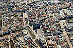 Nederland, Noord-Holland, gemeente Alkmaar, 20-04-2015; binnenstad van Alkmaar met Waagplein. Aan het plein de Waag met Het Hollands Kaasmuseum.<br /> Alkmaar inner city with cheese weigh house.<br /> luchtfoto (toeslag op standard tarieven);<br /> aerial photo (additional fee required);<br /> copyright foto/photo Siebe Swart