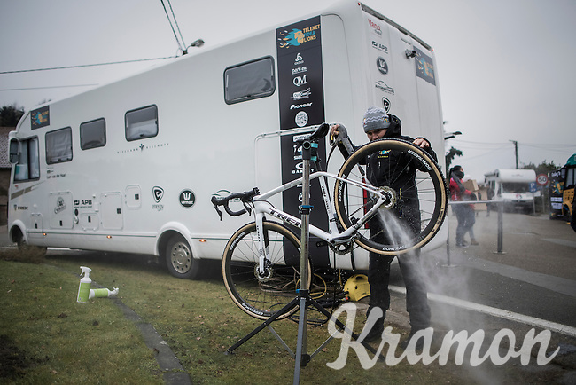 Lars van der Haar's (NED/Telenet-Fidea) bike getting a post-recon clean<br /> <br /> GP Sven Nys 2017