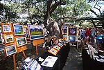 Lahaina Art Show, banyan tree