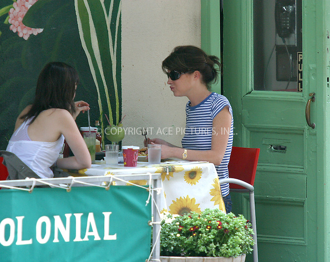 WWW.ACEPIXS.COM ** ** **... . . EXCLUSIVE . . FEE MUST BE AGREED BEFORE USE . . . ..NEW YORK, AUGUST 31, 2004. Lara Flynn Boyle stuffed her belly pretty well during lunch with a friend at Cafe Colonial Restaurant. Please byline: BRIAN FLANNERY -- ACE PICTURES..  *** ***..Ace Pictures, Inc:  ..Alecsey Boldeskul (646) 267-6913 ..Philip Vaughan (646) 769-0430..e-mail: info@acepixs.com..web: http://www.acepixs.com