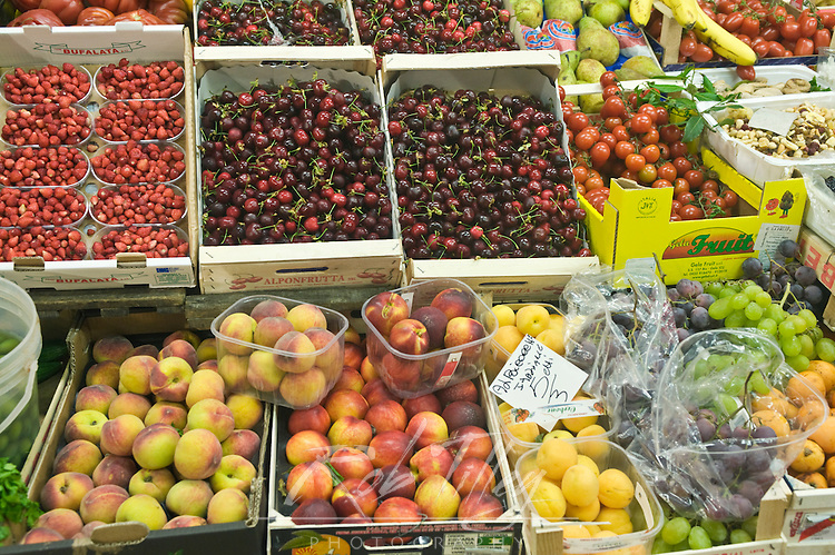 Europe, Italy, Tuscany, Florence, Fruit and Vegetales For Sale at Market
