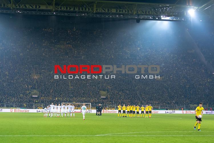 05.02.2019, Signal Iduna Park, Dortmund, GER, DFB-Pokal, Achtelfinale, Borussia Dortmund vs Werder Bremen<br /> <br /> DFB REGULATIONS PROHIBIT ANY USE OF PHOTOGRAPHS AS IMAGE SEQUENCES AND/OR QUASI-VIDEO.<br /> <br /> im Bild / picture shows<br /> Elfmeterschiessen<br /> <br /> Foto © nordphoto / Ewert