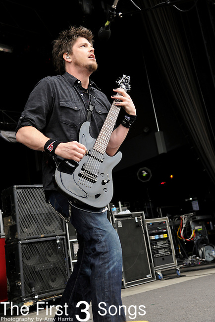 Ed Sloan of Crossfade performs during the Rock Allegiance Tour at Lifestyle Communities Pavilion in Columbus, Ohio on September 14, 2011.