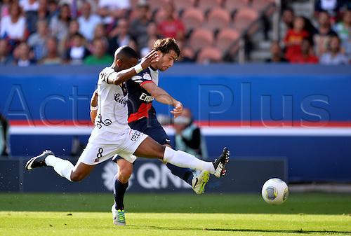 31.08.2013. Paris, France. French League football. Paris St Germain versus Guingamp Aug 31st.  Maxwell (psg) - Claudio Bevue (gui)