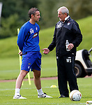 Walter Smith chats to David Weir