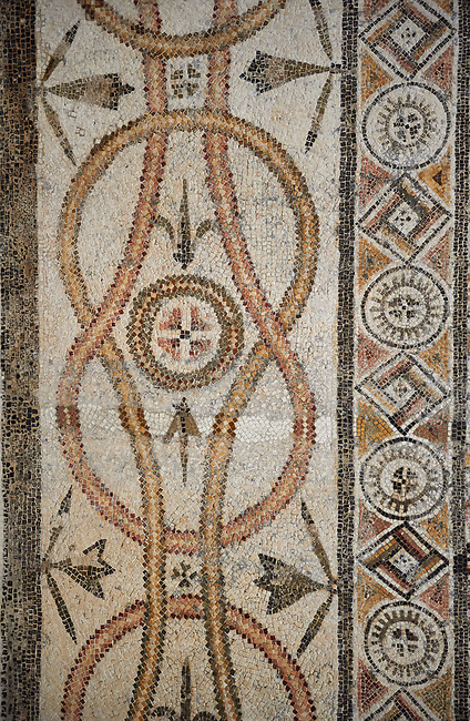 Picture of a geometric border Roman mosaics design from a mosaic depicting lions hunting animals, from the ancient Roman city of Thysdrus. 3rd century AD. El Djem Archaeological Museum, El Djem, Tunisia.