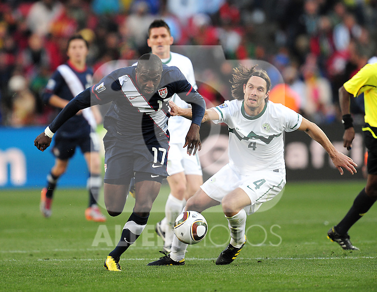 17 Jozy ALTIDORE during the 2010 World Cup Soccer match between the USA and Slovenia played at Ellispark Stadium in Johannesburg South Africa on 18 June 2010.