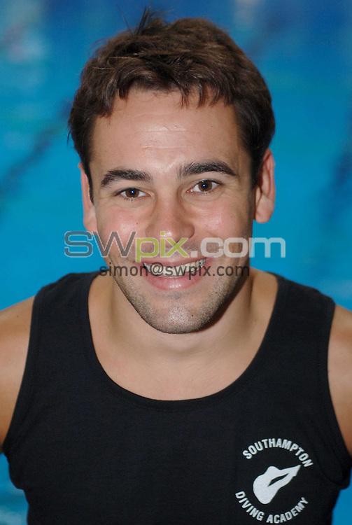 Picture by Chris Whiteoak/SWPIX.COM, Diving......ASA National Senior Diving Championships, 26/05/06..Copyright>>Simon Wilkinson>>07811267706..British diver Gareth Jones
