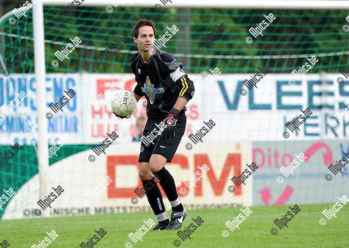 2011-07-31 / Voetbal / seizoen 2011-2012 / FC Ekeren / Tim Van der Linden..Foto: mpics