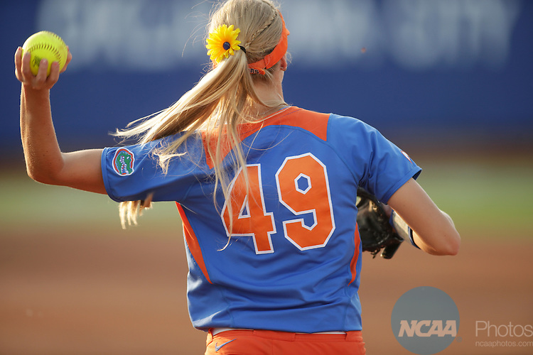 02 JUNE 2014:   The University of Alabama takes on the University of Florida during the Division I Women's Softball Championship held at ASA Hall of Fame Stadium in Oklahoma City, OK.  Shane Bevel/NCAA Photos