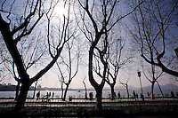 Una veduta del Lago dell'Ovest.<br /> The West Lake in Hangzhou