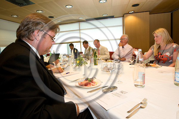 STRASBOURG - FRANCE - 14 JULY 2009 -- 1st Parliament session with the newly elected MEPs. -- MEP Timo SOINI, Europe of freedom and democracy Group (Fin) having a group lunch meeting with other MEPs. --- PHOTO: Juha ROININEN / EUP-IMAGES