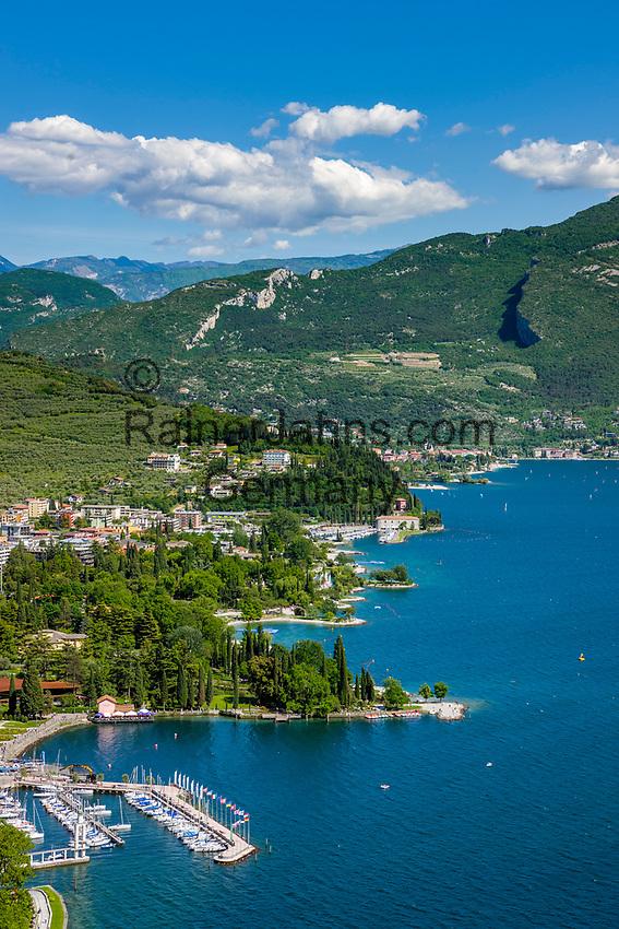 Italy, Trentino, Riva del Garda: along the North bank of Lake Garda (Lago di Garda) with resorts Riva del Garda and Nago-Torbole | Italien, Trentino, Riva del Garda: das Nordufer des Gardasees mit den Ferienorten Riva del Garda und Nago-Torbole