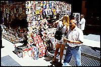 Newsstand in the shopping street Florida.<br /> 21.10.2000, Buenos Aires<br /> Copyright: Christian-Ditsch.de<br /> [Inhaltsveraendernde Manipulation des Fotos nur nach ausdruecklicher Genehmigung des Fotografen. Vereinbarungen ueber Abtretung von Persoenlichkeitsrechten/Model Release der abgebildeten Person/Personen liegen nicht vor. NO MODEL RELEASE! Nur fuer Redaktionelle Zwecke. Don't publish without copyright Christian-Ditsch.de, Veroeffentlichung nur mit Fotografennennung, sowie gegen Honorar, MwSt. und Beleg. Konto: I N G - D i B a, IBAN DE58500105175400192269, BIC INGDDEFFXXX, Kontakt: post@christian-ditsch.de<br /> Urhebervermerk wird gemaess Paragraph 13 UHG verlangt.]